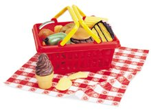 Picnic-play-food-basket